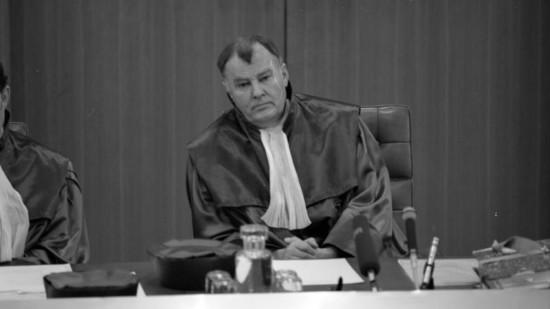 Ernst Gottfried Mahrenholz am Bundesverfassungsgericht 1989